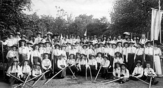 Girl Guides - Eerste Nederlandsche Meisjes Gezellen Vereeniging (First Dutch Girls Companions Society), 1911, first Dutch Girl Guides