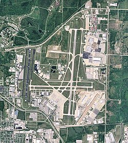 Tulsa International Airport - Oklahoma.jpg