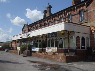Tunbridge Wells West railway station - Station platform from the north-west