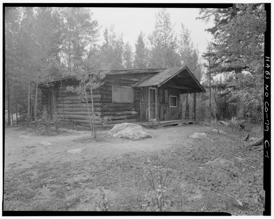 File twin 2 guest cabin viewing southeast holzwarth for Grand lake cabins