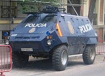 UR-416 Policía Nacional.JPG
