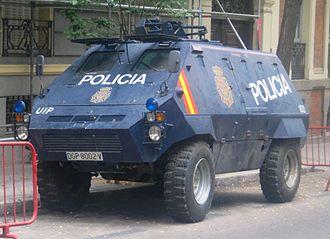 Thyssen Henschel UR-416 - Image: UR 416 Policía Nacional