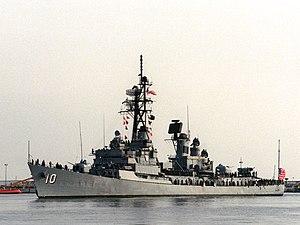 USS Sampson (DDG-10) returning to Mayport, Florida (USA), on 28 March 1991 (6464863)