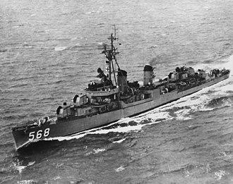 USS Wren (DD-568) - USS Wren (DD-568) underway in the 1950s