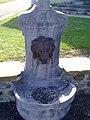 Un fontaine à l'entrée de Barzun vue 2 datant de 1879.jpg