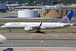 United Airlines, N589UA, Boeing 757-222 (20187604881).jpg