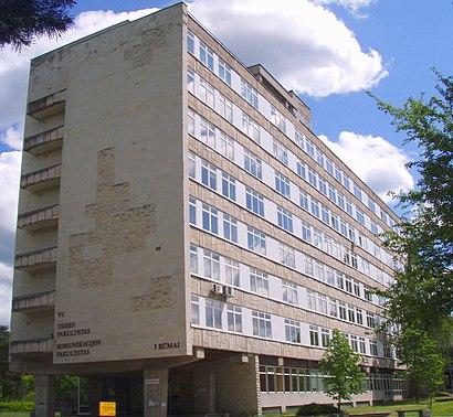 How to get to Vilniaus Universiteto Teisės Fakultetas with public transit - About the place