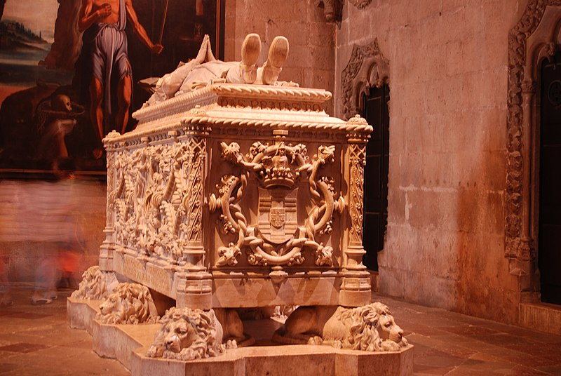 File:Vasco da Gama tombs366.jpg
