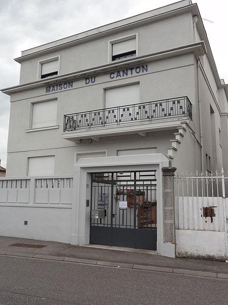 Vaucouleurs (Meuse) maison du canton, bureaux communauté de communes du Val des Couleurs