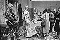 Veilingen, kleding, Bestanddeelnr 930-1720.jpg