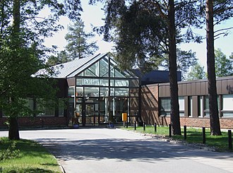 Education in Finland - POHTO training institute for business and industry in Hietasaari, Oulu.