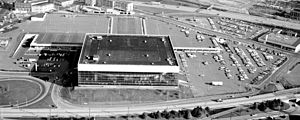 1981–82 Portland Trail Blazers season - The Trail Blazers played their home games at Veterans Memorial Coliseum.