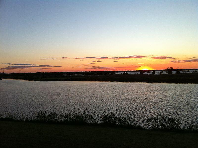 File:View of lake Hefner from Lakehurst greenspace - panoramio.jpg