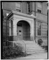 View west, detail of main entrance - St. Peter's Convent, 88 Main Street, Danbury, Fairfield County, CT HABS CONN,1-DA,3-5.tif