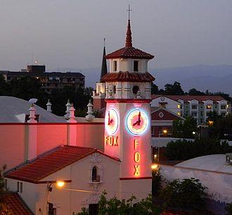 Fox Theatre (Visalia, California) - Fox Theatre at night, 2009