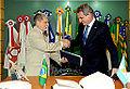 Visita do ministro da Defesa da Argentina, Agustin Rossi, ao ministro Celso Amorim (10980101855).jpg