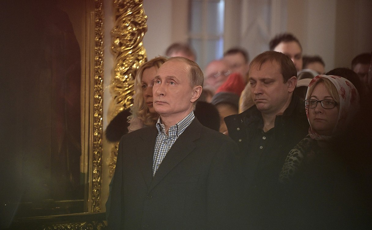 Vladimir Putin at Christmas service at the Church of Simeon and Anna (St. Petersburg; 2018-01-07) 06.jpg