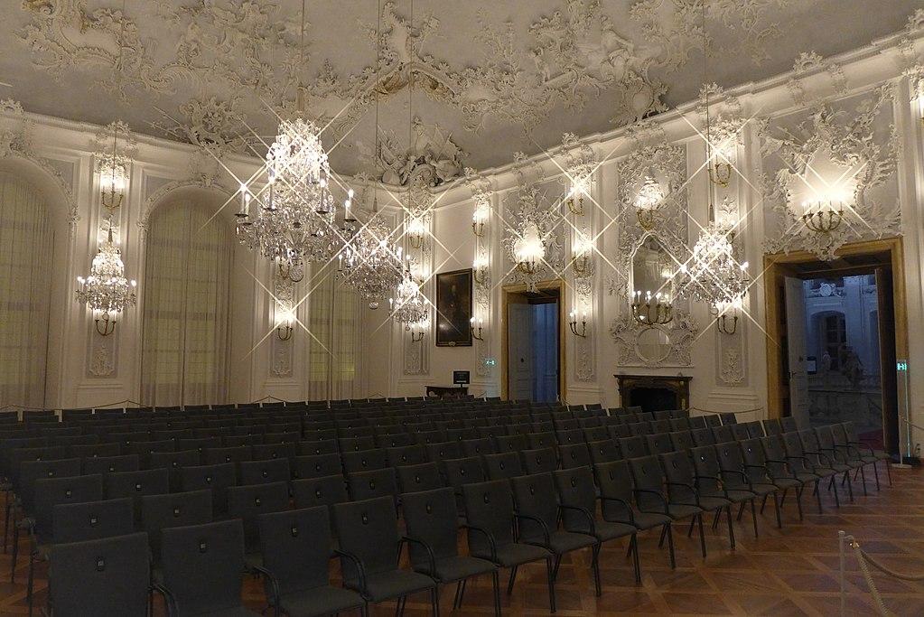Würzburger Residenz: Weißer Saal mit Stuckdecke