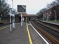 Wandsworth Common stn northbound slow platform look north3.JPG