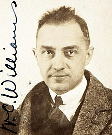 William Carlos Williams, foto z cestovného pasu, rok 1921.