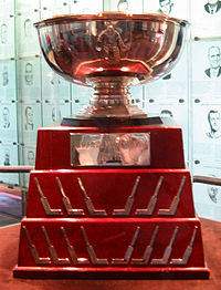 William M. Jennings Trophy (Hockey Hall of Fame, Toronto).jpg