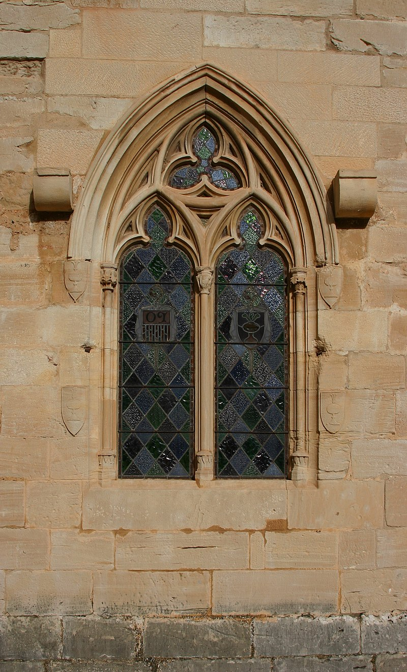 Window in the second floor of the cloister - Monastery of Poblet - Catalonia 2014.JPG
