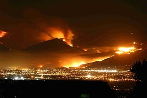 Witch Fire - Image of the wildfire burning in the background, on the night of October 21, 2007