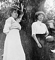 Women, garden, double portrait, fashion Fortepan 2814.jpg