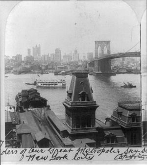 Fulton Ferry (BMT Fulton Street Line) - 1904 image of the Fulton Ferry station with the ferry terminal and the Brooklyn Bridge off to the right.