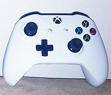 Xbox One S controller (cropped).jpg