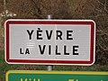 Yèvre-la-Ville-FR-45-panneau d'agglomération-03.jpg