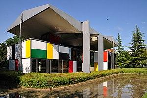 Pavillon Le Corbusier - Image: Zürich Seefeld Centre Le Courbusier IMG 1112 Shift N