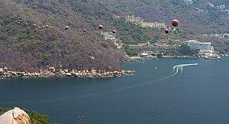 ZipLine Acapulco XtaSeap0.jpg