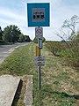 'DELCO REMY bejárati út' bus stop, 2018 Mezőkövesd.jpg