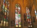 Église de Chaumont en Vexin vitrail déambulatoire 11.JPG