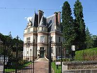 Épernon Mairie 1.jpg