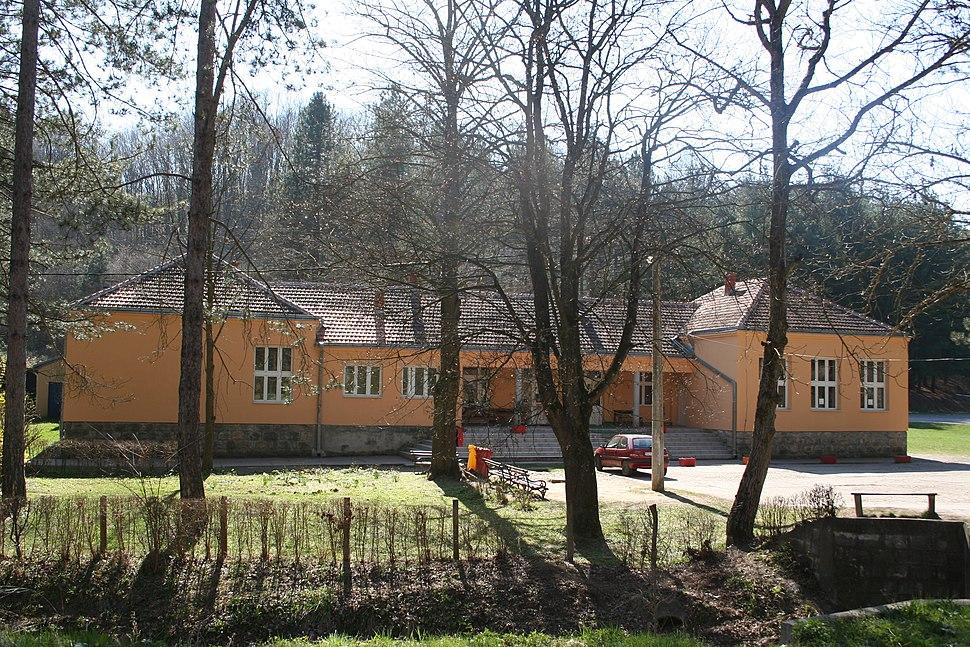 Škola Brankovina 001