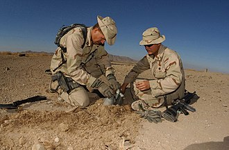 Boonie hat - Two U.S. Army soldiers wearing boonie hats in 2001