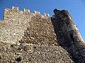 014 Castell de Montsoriu, mur sud-oest i torre sud.jpg