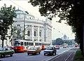 056R16270679 Dr. Karl Lueger Ring, Linie B Typ E1 4710, vor Burgtheater.jpg