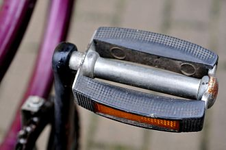 Bicycle pedal - Simple platform bicycle pedal