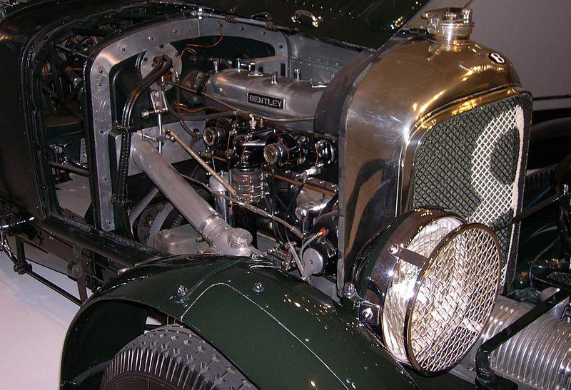 File:1929 Bentley engine.jpg