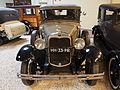 1930 Ford 165 C De Luxe Fordor Sedan pic3.JPG