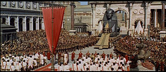 1963 Cleopatra trailer screenshot (76).jpg
