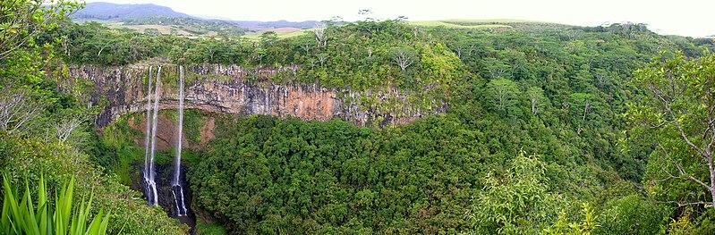 File:2006-10-02 Chamarel Waterfalls.jpg