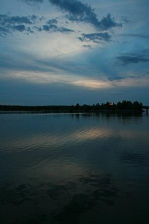 Falls Lake - Image: 2008 08 24 Sunset on Falls Lake