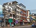 2016 Bangkok, Dystrykt Phra Nakhon, Ulica Chakrabongse (01).jpg