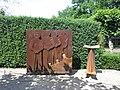 2020-06-19 — Herdenkingsmonument 'aan de schopt kleeft een traan', Diepenheim.jpg