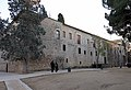 240 Monestir de Sant Cugat, façana de la galeria nord del claustre.JPG