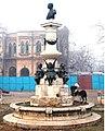 2 Fântâna Luigi Cazzavillan în 2004, înainte de restaurare.jpg